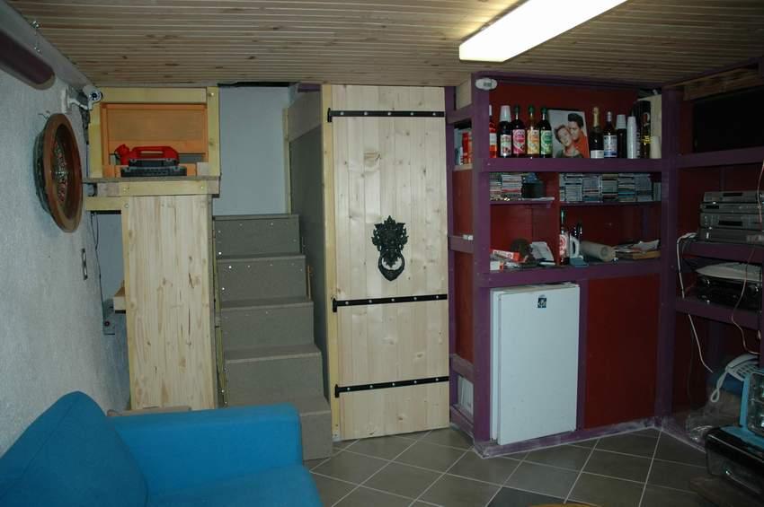fabrication de la seule porte interieure. Black Bedroom Furniture Sets. Home Design Ideas